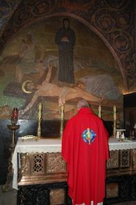 Calvary jen holy land 964 (788)