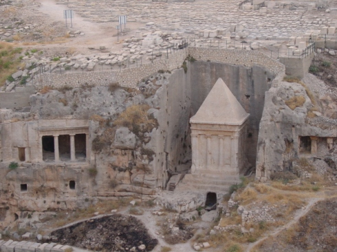 Tombs-in-the-Kidron-Valley