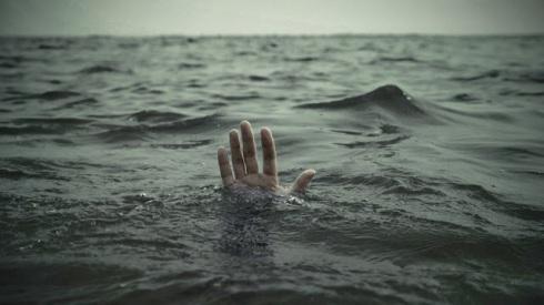 Peter sinking 02